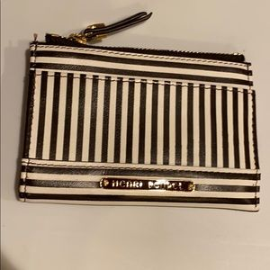 Henri Bendel key chain coin purse